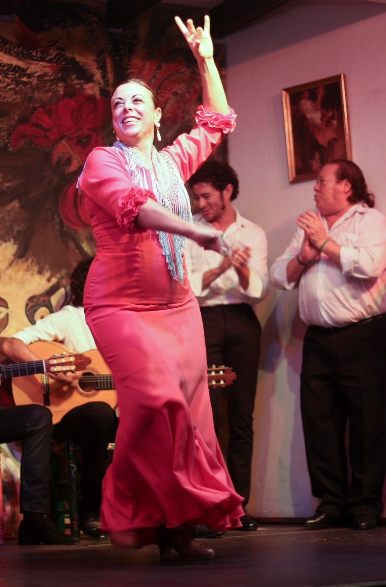 Wonderful flamenco dancers in Sevilla, Spain